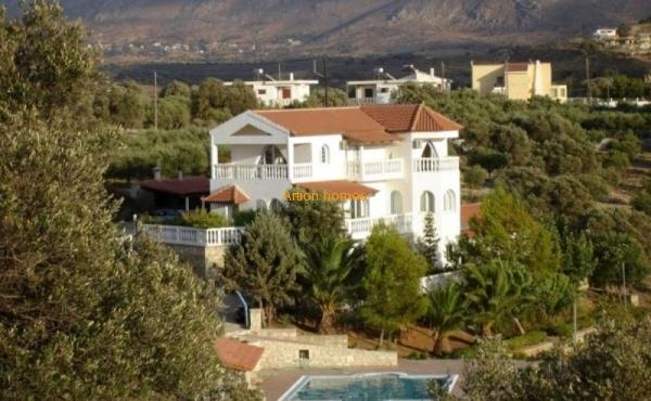 Большая вилла на юге Крита, участок 55 соток