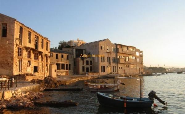 Уникальная недвижимость прямо на берегу в г. Ханья