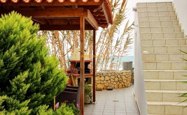 Уникальная недвижимость с приватным пляжем