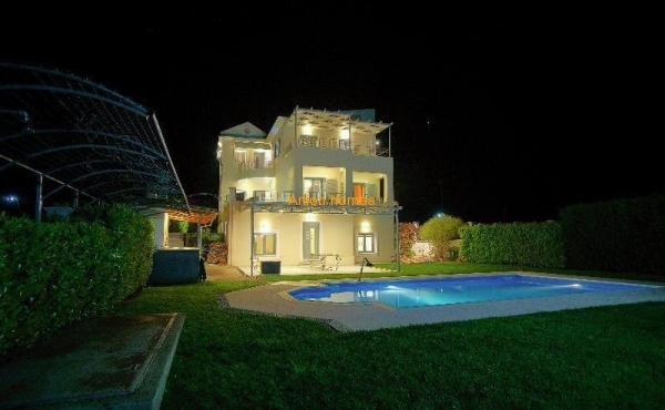 Luxurus Villa