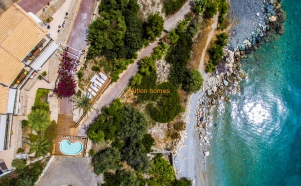 Detached House in Ilia Edipsos, only 25m from the beach