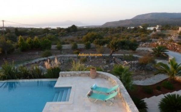 3 bedroom Luxury Villa in Apokoronas