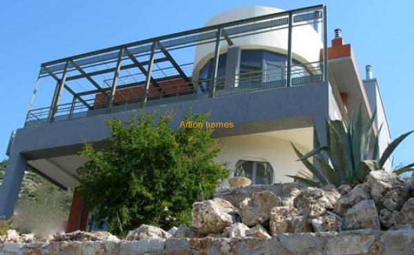 Detached House of 360 sq.m in Marathonas-Dikastika